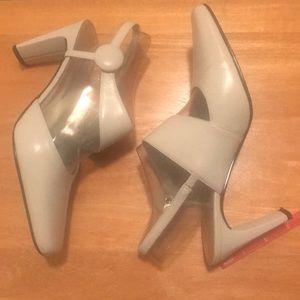 Classy ivory Bellini sling back heels 3 inch
